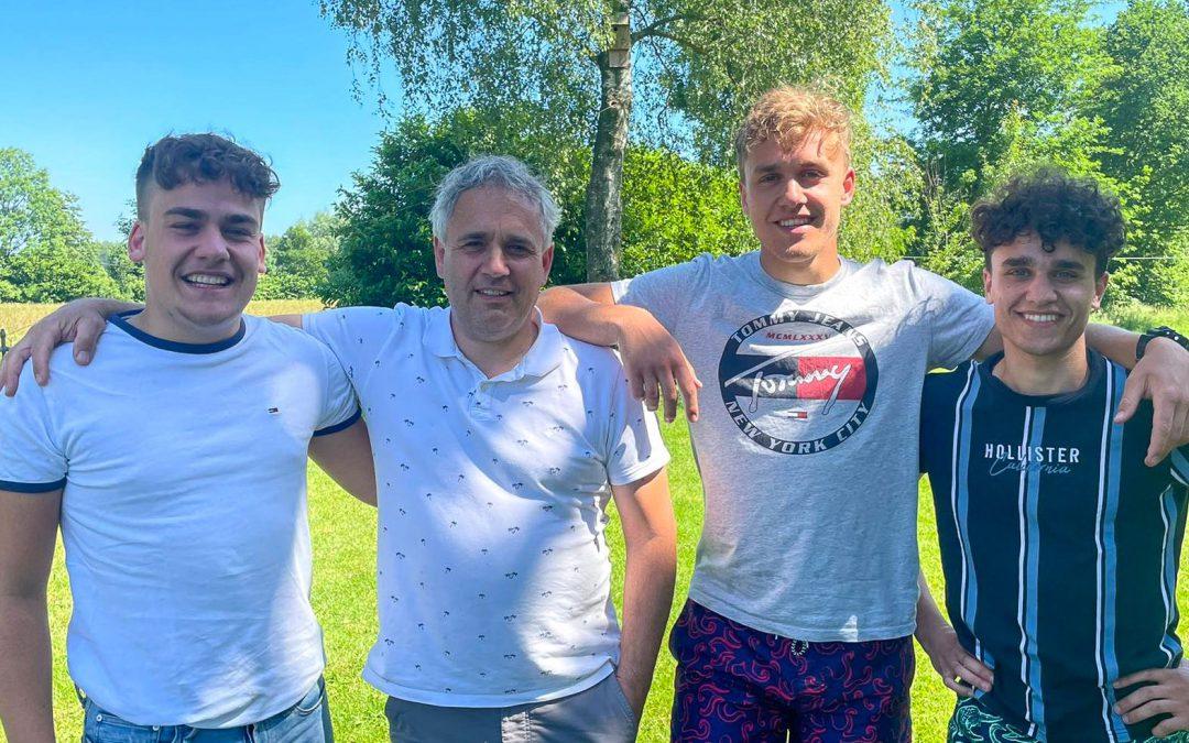 Vader Jeroen vertelt over ervaringen drie zoons bij Jonge Helden Academie